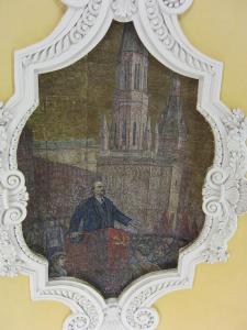 Komsomolskaya - it's that man again